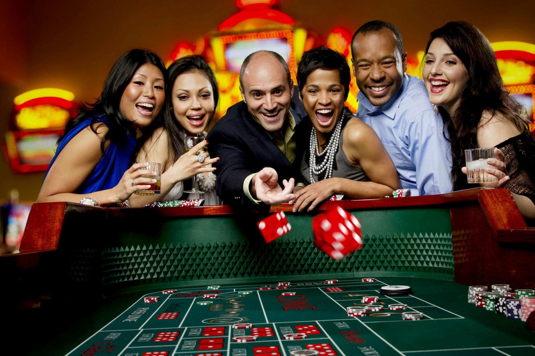 Gambling craps at a casino